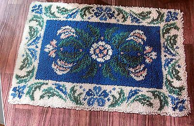 "Craftways Latch Hook  Rug Kit   "" Victorian Rug"" New Design"