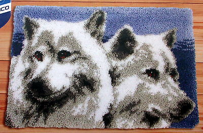 """Latch Hook Rug Making Kit By Vervaco    """"wolves"""""""