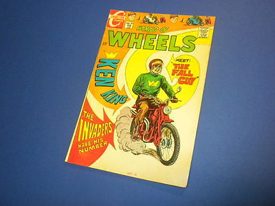 WORLD OF WHEELS #30 Charlton Comics 1970 hot rods cycles dragsters cars