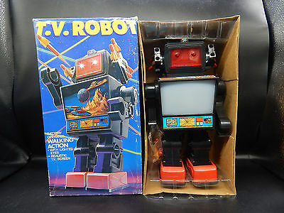 "HC vintage TV ROBOT toy 11"" battery operated w/ original BOX missile firing T.V."