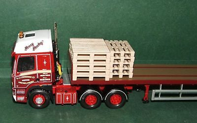 Corgi Truck Loads , Siku 1/50 Scale Pallets X 16 , Truck Not Included