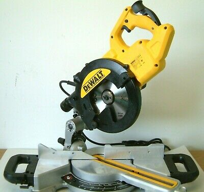 DeWALT DWS773 216mm Sliding crosscut mitre saw 240v