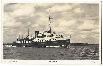 PADDLE STEAMER The Balmoral, RP Postcard, Red Funnel Series, Unused