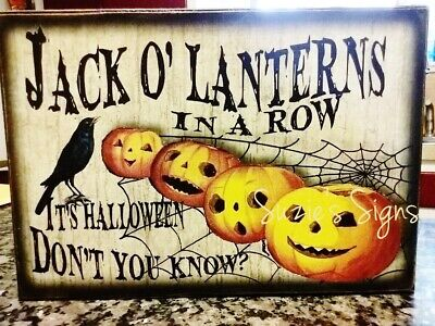 Primitive Halloween Sign Jack o' Lanterns in a Row It's Halloween 2 of 4