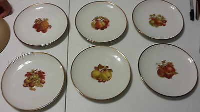 """6 Hutschenreuther 8"""" Decorative Fruit Plates, made in Germany"""