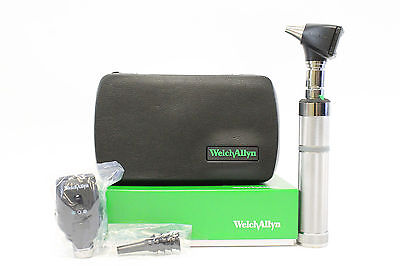 Welch Allyn 3.5v Complete Diagnostic Set with 2 Heads, Handle and Hard Case