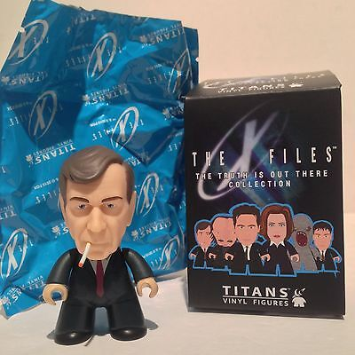 """X-Files The Truth is Out There TITANS Vinyl 3"""" Figure SMOKING MAN 2/20"""