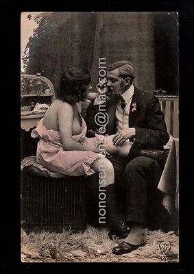 FRENCH RISQUE BAWDY GENT CARESSING NUDE NU WOMAN Vintage REAL PHOTO PC NU60
