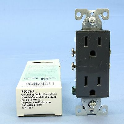 Cooper Aspire Silver Granite Decorator Receptacle Duplex Outlet 5-15R 15A 9505SG