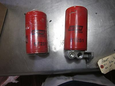 A set of two Baldwin BT251 Oil Filters with mount