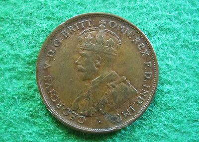 1919 (m) Australia Penny - Very Fine - Small Dot - Free Shipping!