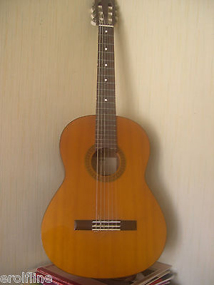 Yamaha Classic Cg 100 Guitare Classique Mondial Relay Possible
