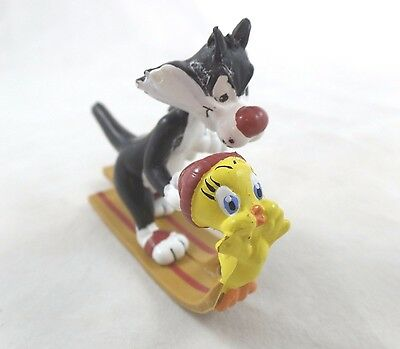PVC Toy Sylvester Tweety Skiing Warner Brothers Looney Tunes Cake Topper WB