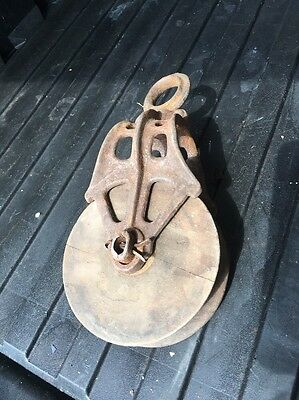 Antique Vintage Cast Iron Wooden Barn Pulley Old Farm Tool Rustic Primitive Part