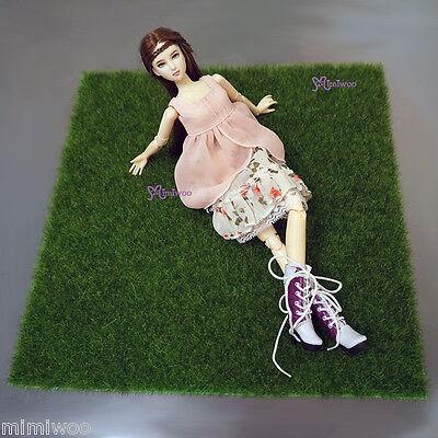 1/6 Doll Background for Photo Taking -- 30 x 30cm Playmat Artifical Grass Mat