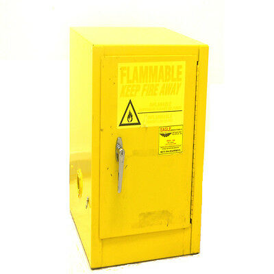 Eagle 1904 Yellow 4-Gallon 15L Single Shelf Flammable Safety Storage Cabinet