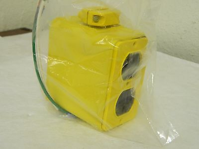 Daniel Woodhead Electrical Outlet Box Switch Boxes Enclosed 1301370088 3000-1