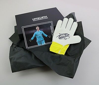 Thibaut Courtois Signed Goalkeeper Glove Chelsea Gift Box Autograph Memorabilia