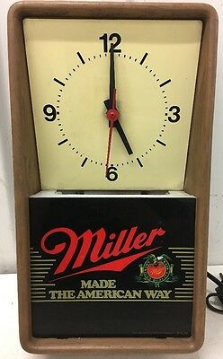 MILLER BEER Made The American Way ELECTRIC BAR WALL CLOCK 1986 **WORKS**