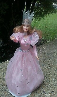Barbie as Glinda the Good Witch Wizard of OZ Hollywood Legends Collec. Talking