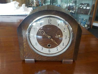 Antique Smiths Mantle Clock In Oak Case With Key No Chime