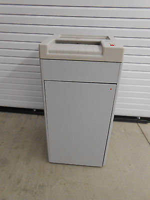 Ideal 2601A Destroy It Strip Cut Paper Shredder