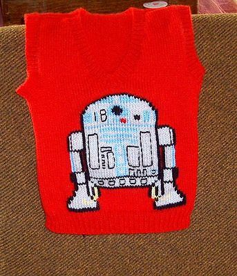 Star Wars    R2D2 Robot Vest New Hand Knitted Size 4