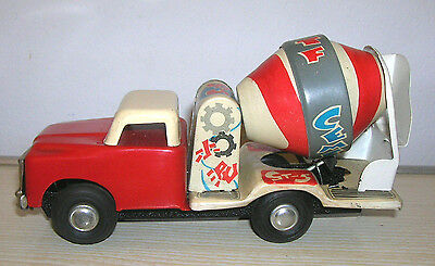 Red China Tintoy - CEMENT MIXER TRUCK MF 141 - 60er/70er Jahre