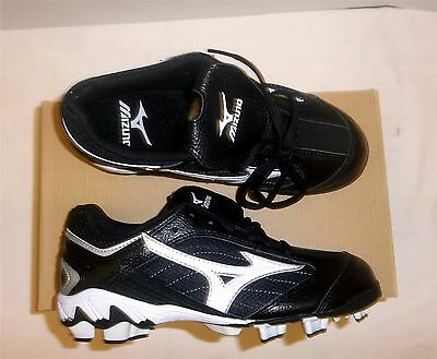 Mizuno Finch Franchise G3 Women's Softball Cleats NIB Black/White Various Sizes