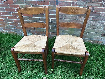 Lovely Pair Of Vintage Oak Farmhouse Chairs With Rush Seats ~can Courier