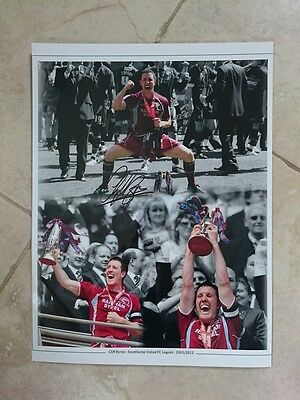 Cliff Byrne - Scunthorpe United Fc - Signed Photo