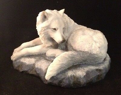WINTER WOLF White RESIN Totem Animal MAGIC Protection FANTASY