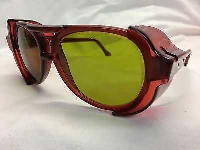 VINTAGE NOS AMERICAN OPTICAL Safety Glasses Red Green Z87