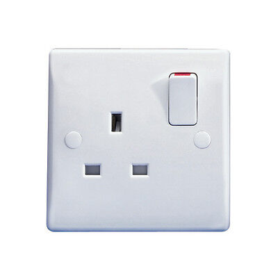 Single 13A Switched Wall Socket 1 One Gang 1G Electric Wall Plug White Plastic