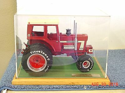 INTERNATIONAL 1568 TRACTOR, 1/16, DIECAST, DUALS, CUSTOM, no original box