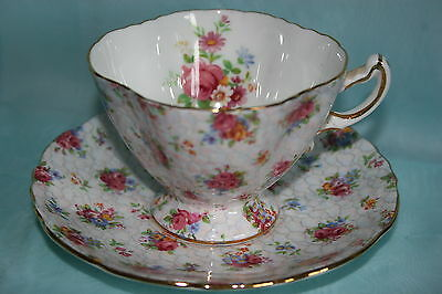 Lovely Vintage Hammersley bone china chintz tea cup saucer set - Pink Roses