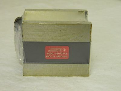 "SPI 95-709-2 Magnetic Hardened Steel V-Block 0.19 to 1-3/4"" 90° Angle"