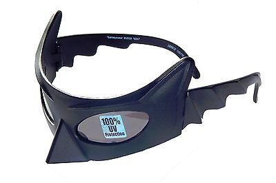 BATMAN DARK KNIGHT Boys 100%UV Shatter Resistant Costume Mask Sunglasses NWT $12