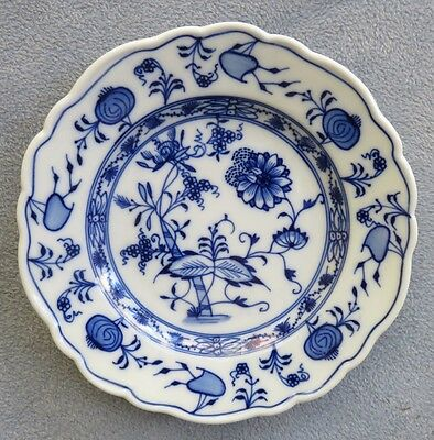 Meissen England Blue Onion 7 1/2 Inch Salad Plate Germany