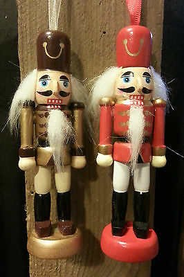 JOBLOT 6 Wooden Nutcrackers Soldiers Gold/Red/White Hanging Christmas Decoration