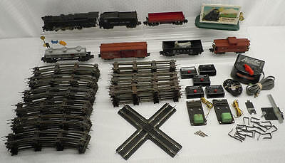Vintage American Flyer S Scale Railroad Model Train Set with 313 Locomotive