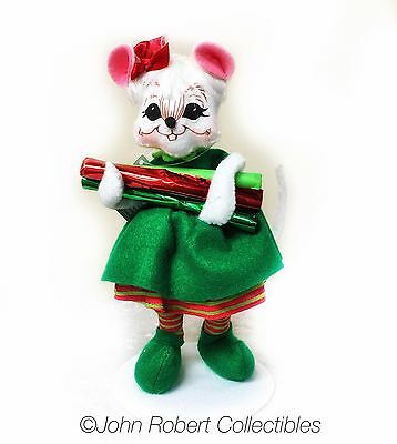 Annalee Dolls Christmas Workshop Girl Mouse 6 In