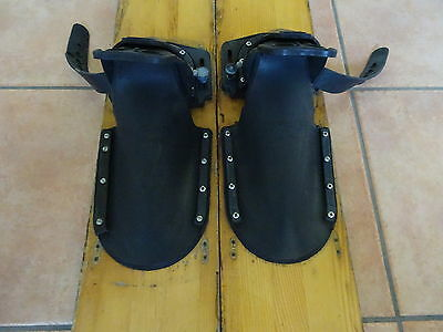 CHIPPENDALE FALCON 69 Vintage Wooden waterski - VGC condition...
