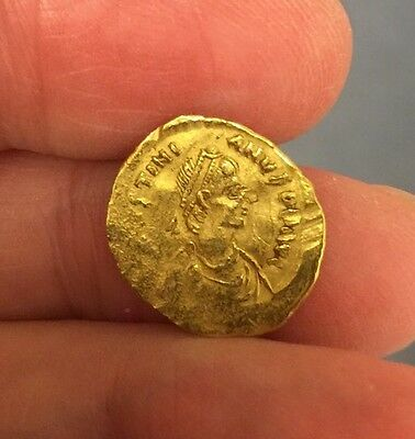 Byzantine. Justinian I (527-565 A.d). Gold Tremissis.