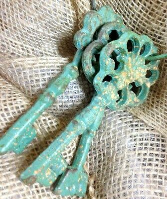 Chambers Skeleton Key Ring Antiqued Green Cast Iron Rustic Vintage 8 Inches New