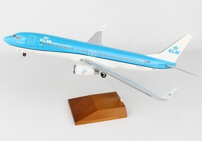 Skymarks SKR8251 KLM Boeing 737-800 New Livery Desk Display 1/100 Model Airplane