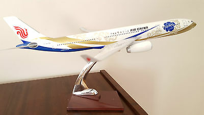 Maquette d'agence AIRBUS A330-300 avion airplane air CHINA 1/100 model