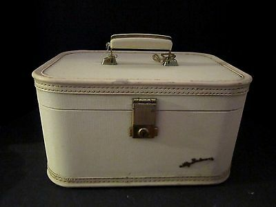 Vintage Lady Baltimore Train Case Ivory Off White Luggage. Cosmetic w/ Mirror.
