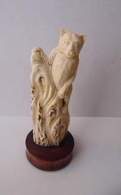 Bali Netsuke KITTY Cat Statue From Deer Antler Carving Table Decor_a557