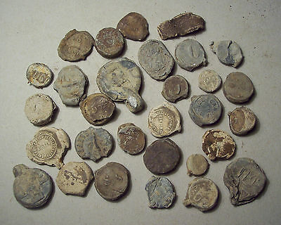 Dug Lot lead cloth seals, bag seals, sack seals Unresearched Detecting finds